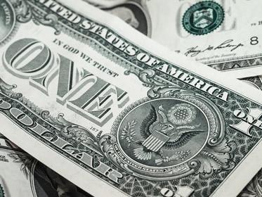 Perché il Dollaro USA è la principale valuta di riserva del mondo?