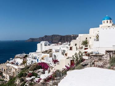 Investire in Grecia, conviene comprare immobili
