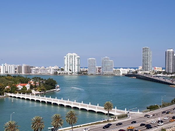 Investimento Immobiliare a Miami DA 50 €: Comprare Casa Conviene?